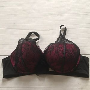 Cacique size 44C lightly padded black lace bra EUC